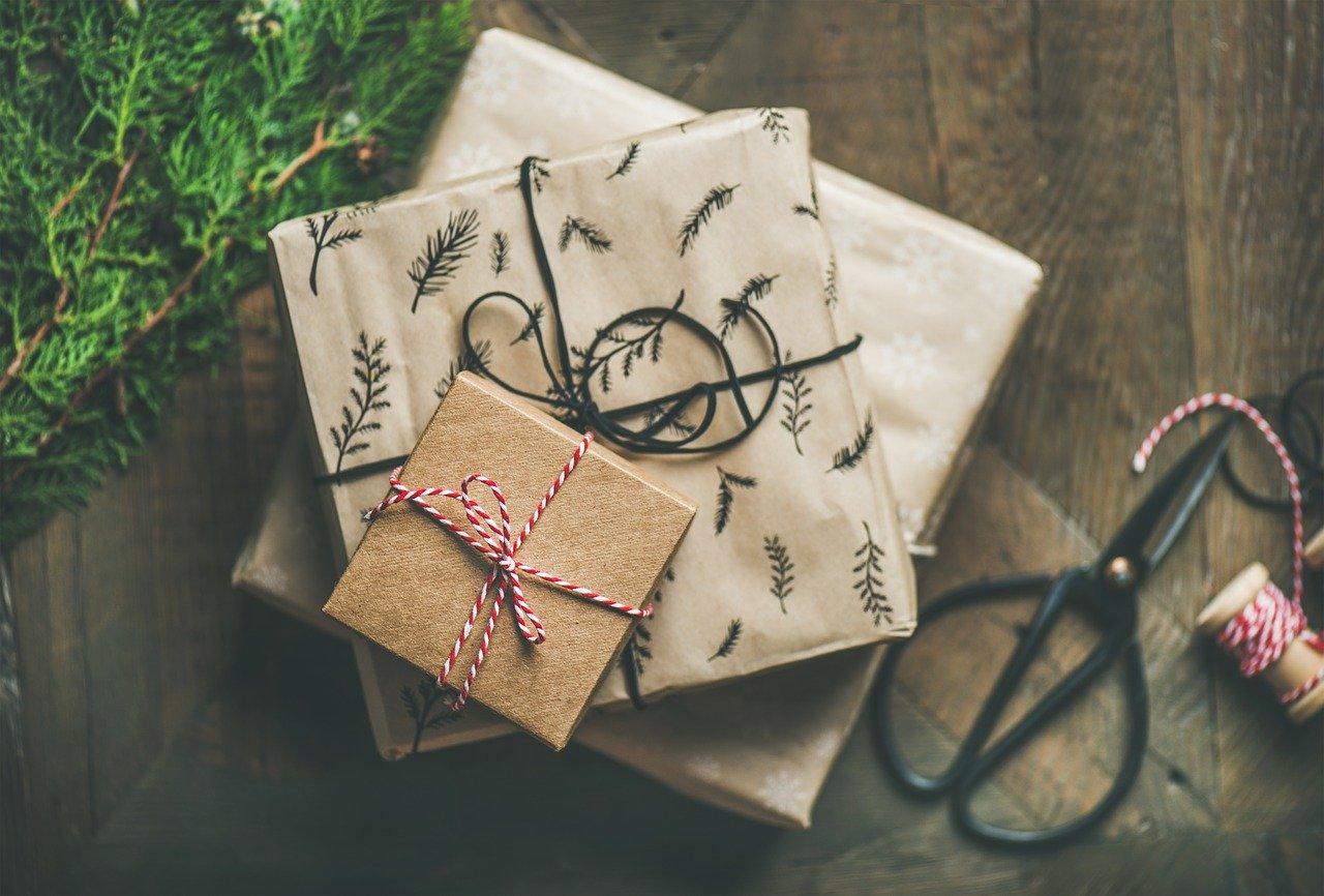 50+ подарков для любителей кино и сериалов